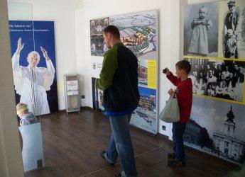 Cenne pamiątki po Janie Pawle II w Piotrkowie