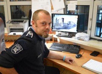 Strażnik więzienny z Piotrkowa kolejny raz uratował życie