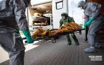 Tak wyglądała ewakuacja DPS w Kleszczowie. Pomagali łódzcy Terytorialsi