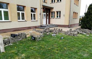 Gmina Wola Krzysztoporska: Remonty w Szkole Podstawowej w Krzyżanowie