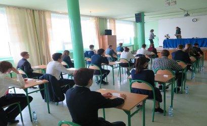 Gimnazjaliści rozpoczęli egzaminy