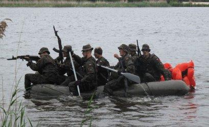 Żołnierze ćwiczyli w Bronisławowie