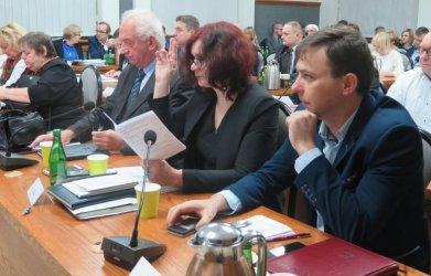 Stawki za śmieci w górę. Piotrków ma budżet na 2020 rok. Co jeszcze na sesji Rady Miasta?