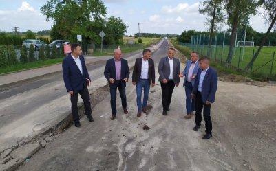 Trwa budowa dróg w gminie Wolbórz