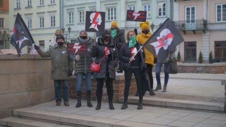 8 marca bez kompromisów. Strajk kobiet w Rynku Trybunalskim