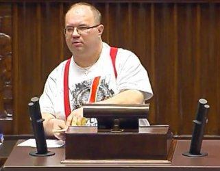Sejm: Nasz poseł przemawiał w t-shircie