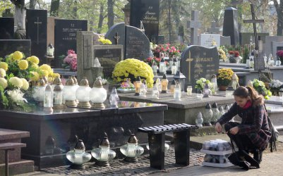Zaduszki - dzień modlitwy za zmarłych