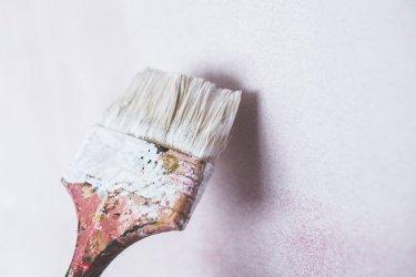 Impregnaty i preparaty do gruntowania ścian