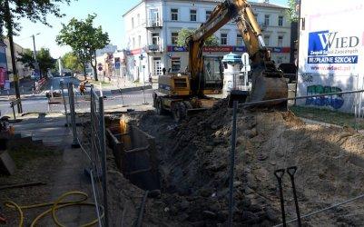 Budują wodociąg i kanalizację na Staszica