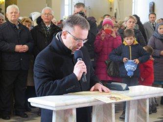 Piotrków zawierzony Sercu Maryi. Uroczystości w kościele NSJ