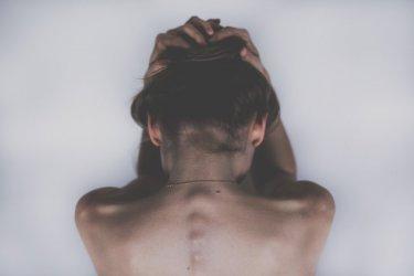 Stres przyczyną długotrwałego bólu głowy