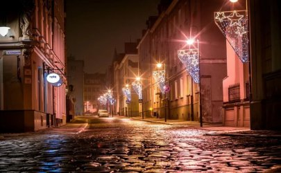 Iluminacje świąteczne przy drogach krajowych tylko za zgodą GDDKiA