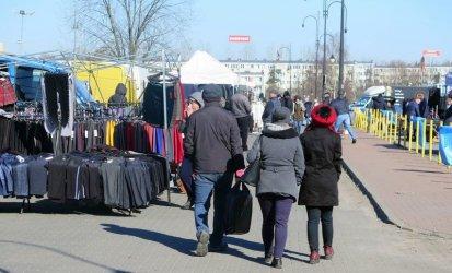 Czy kupcy przeniosą się na targowisko przy Dmowskiego?