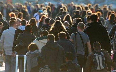 Demografka: dzisiejsi 20-30-latkowie będą dożywać setki. Jakość ich życia zależy także od nich