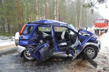 Dwa wypadki, troje rannych
