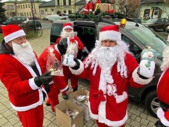 Wolborscy Mikołaje odwiedzili dzieci z regionu