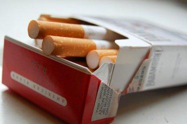 Młodym na papierosy pozwalają sprzedawcy