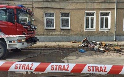 Pożar kamienicy w Piotrkowie. Jedna osoba nie żyje