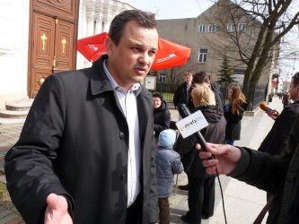 Poseł Ostrowski na dyżurze w Bełchatowie