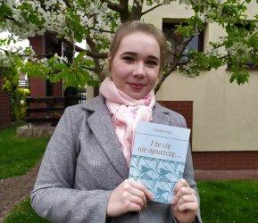 Świeżo upieczona absolwentka Piomy wydała książkę