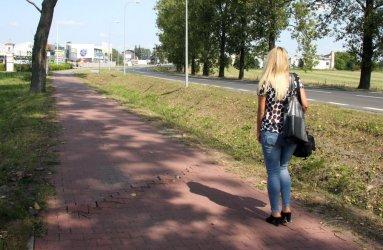 Ścieżka rowerowa na Łódzkiej w złym stanie