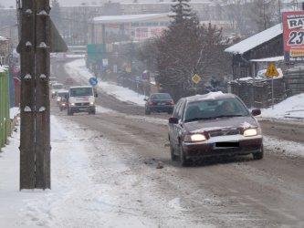 Piotrków: Ulice odśnieżają trzy pługo-piaskarki