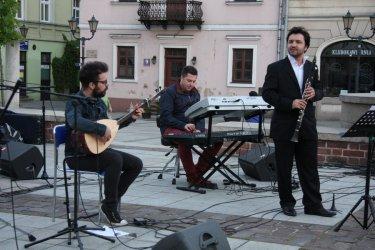 Turecka muzyka na piotrkowskim Rynku