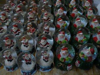 Dla kogo Mikołaj, komu śnieżną kulę?