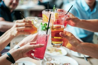 Alkohol powinien być droższy?