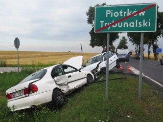 Wypadek w Piotrkowie. 5 osób poszkodowanych