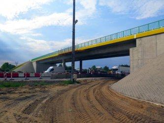 Drogi dojazdowe do budowy autostrady - naprawią czy nie?