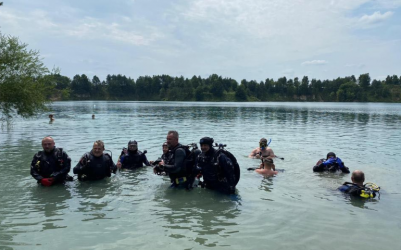 W Wapiennikach nurkowali niepełnosprawni z całej Polski