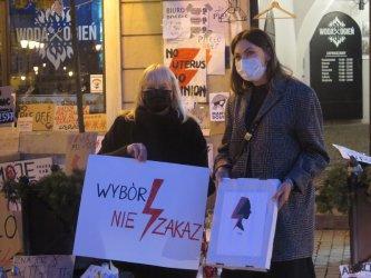 Znak strajku kobiet nie jest złem
