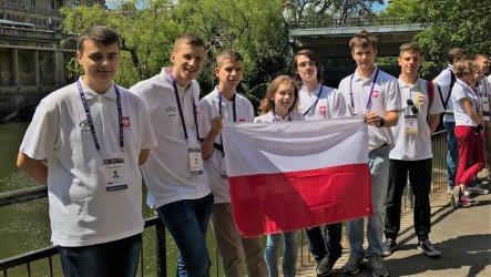 """Absolwent """"Chrobrego"""" srebrnym medalistą olimpiady matematycznej"""