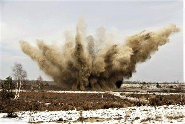 Saperzy zdetonowali niewybuchy z Pilicy [WIDEO]