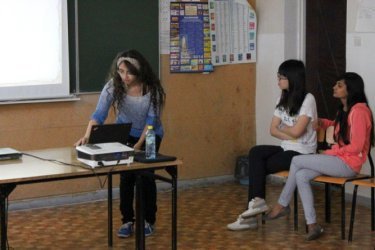 Studentki z Indii, Egiptu i Hong Kongu uczą w ZSP 2