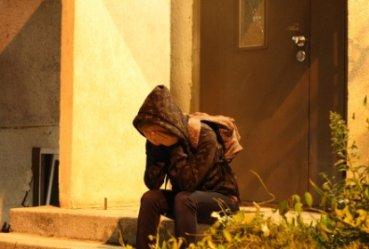 Nie udzielili pomocy bezdomnej dziewczynie