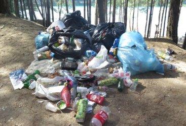 Sterty śmieci! Tak wygląda region po sezonie