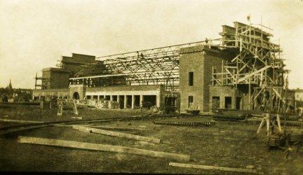 Hala Targowa – archiwalne zdjęcia z budowy