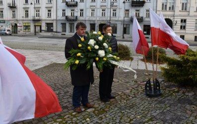 Władze Piotrkowa uczciły Dzień Papieski