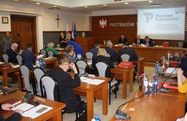 Ostatnia sesja RM w Piotrkowie kadencji 2014-2018