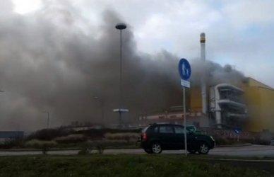 Pożar huty szkła w Działdowie. Zginął 22-letni mieszkaniec powiatu (Aktualizacja)