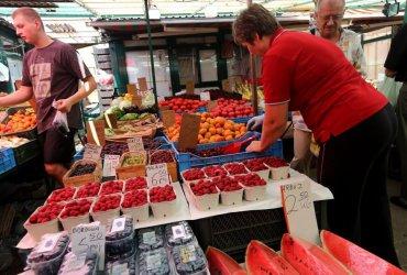 Raport: w maju ceny w sklepach spożywczych wzrosły średnio o ponad 5 proc. mdm