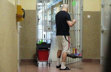 Pracujący więźniowie w piotrkowskim Areszcie Śledczym