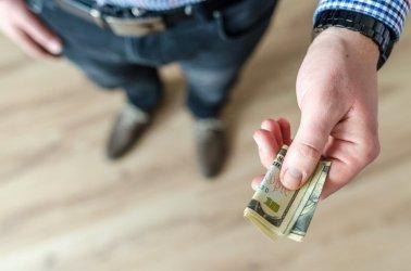 Jakie warunki musisz spełniać, by otrzymać kredyt gotówkowy?