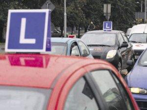Młodzi kierowcy pod ścisłym nadzorem?