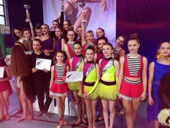 Tancerze z Jaskółczyna ciągle na podium