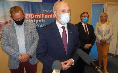 TVN pozywa Antoniego Macierewicza. Marszałek senior komentuje sprawę