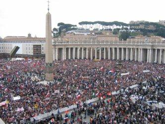 Piotrkowianie na beatyfikacji Jana Pawła II