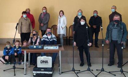 Gmina Wola Krzysztoporska: Glina ma nagłośnienie